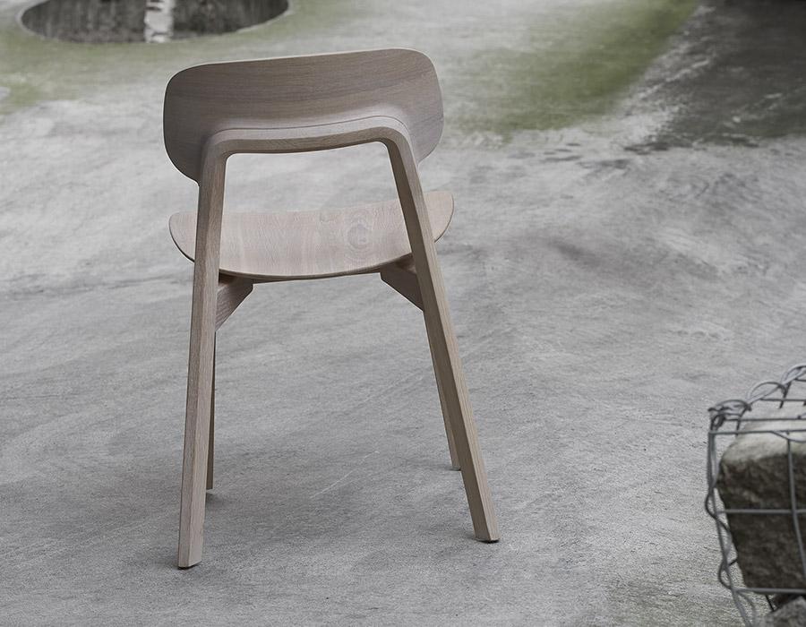 Vollholzstuhl Rückenansicht Eiche weiß geölt Massive Wooden Chair Back View Oak white