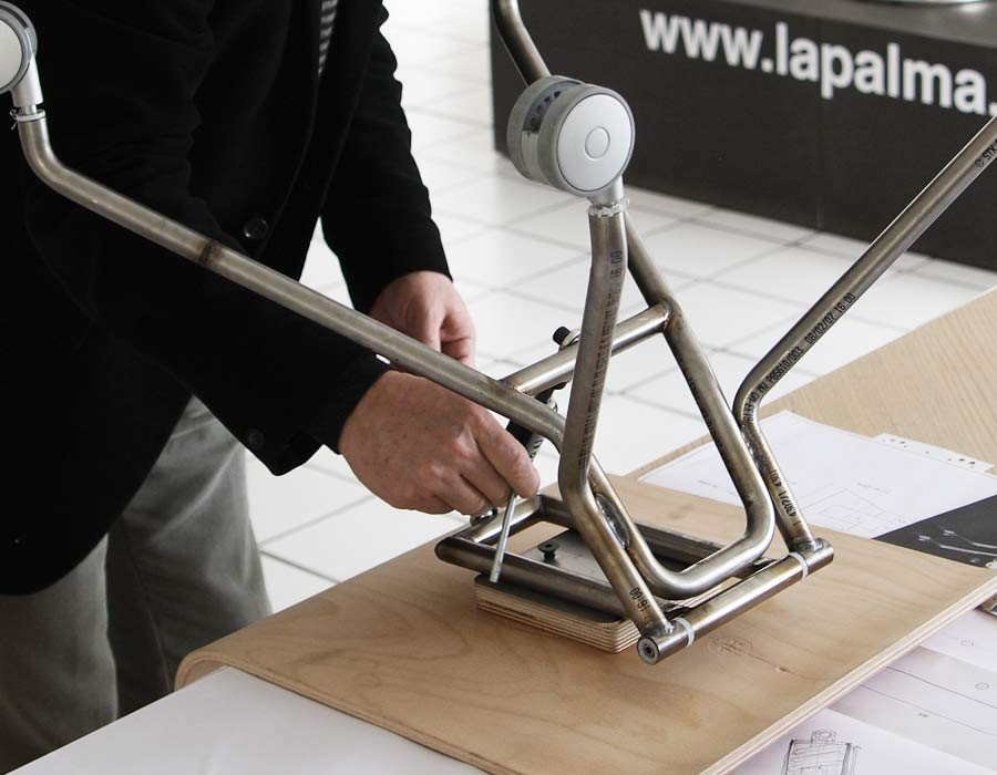 Lapalma light office chair Gira assemblage