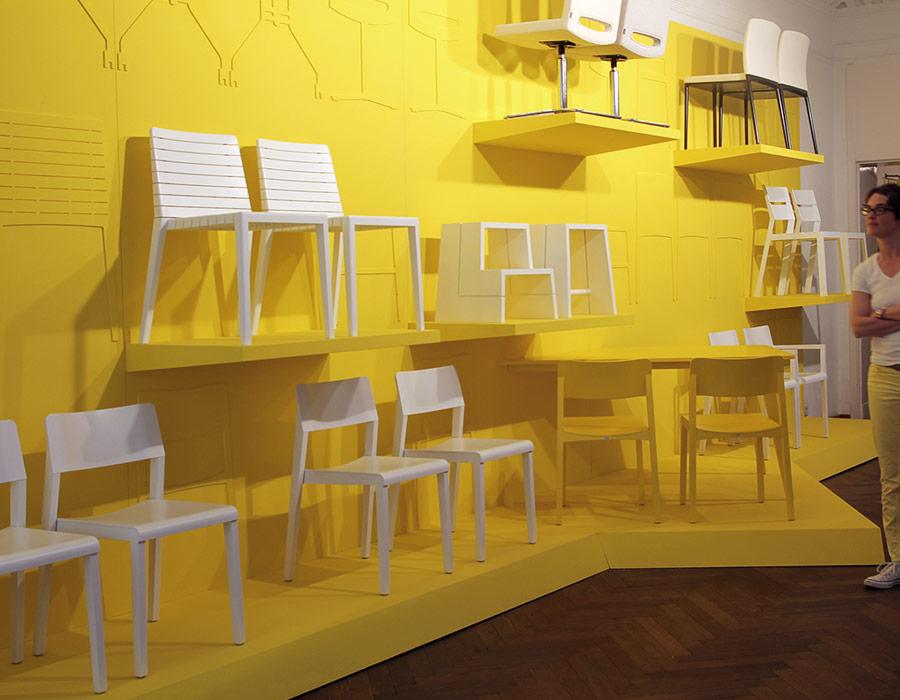 exhibition wand details, rip chair, thonet 330, reihe